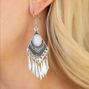 Tribal Inspired Gray Earrings NWT